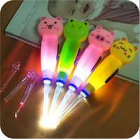 Novo 10PCS / Lot Cartoon Animal Pattern Ear Cleaner Luminous Earwax Spoon Clean Lanterna Earpick Handle CYB2