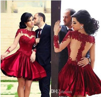 Venta al por mayor - 2014-2015 Perfect Illusion Neckine Prom vestidos de color rojo Bodice alto cuello Sheer mangas largas Noche Ball Vestidos corto / Mini Party Pr