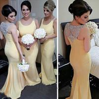 sarı gelinin elbiseleri boncuklar toptan satış-Zarif Sarı Gelinlik Modelleri Uzun Mermaid Scoop Boyun Kolsuz Kristaller Boncuk Aplikler Örgün Düğün Törenlerinde Artı Boyutu Ucuz