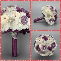 pétalos de rosa roja para bodas al por mayor-Lujoso ramo de novia 2015 Hermosas flores de cuentas de cristal para la boda Ramo de Dama de honor Ramos Artificiales Moda europea