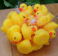 Wholesale Baby Bath Water Toy toys Sounds Mini Yellow Rubber Ducks Kids Bathe Children Swiming Beach Gifts