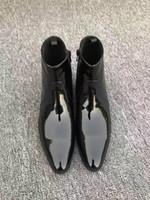 botas puntiagudas para hombres al por mayor-Cremallera con estilo Botas Martin transpirables Vestido de negocios de diseño de lujo Zapatos de cuero poco profundos Zapatos de cuero con punta de los hombres Zapatos de cuero genuino