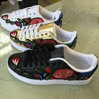 Wholesale Leather Rosette - Hot! 2018 new rosette embroidery shoes small white shoes men and women models large 3D flowers casual shoes
