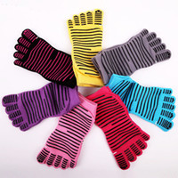 Wholesale Wholesale Finger Skateboard - Yoga Socks For Men Women Fashion American Style Five Fingers Non-Slip Sports Socks Lovers Hiphop Sports Skateboard Sockings