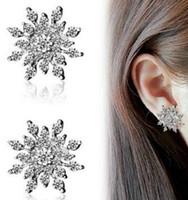 elmas taklidi kar tanesi küpeleri toptan satış-Moda Kristal Rhinestone Gümüş Kaplama Kar Tanesi Kulak Damızlık Küpe Düğün Gelin Hediye Takı Toptan 12 Pairs