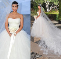 Wholesale Kim Kardashian Dress Designer - Kim Kardashian Ball Gown Sweetheart Lace Corset Lace-up Chapel Train Puffy Tulle Designer Bridal Gown 2016 Chinese Wedding Dress DL1310634