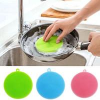 Wholesale Round Foam - Round Silicone Brush Scrubber Kitchen Tool Fruit Vegetable Dish Washing Clean Dishwashing Brush Pot Pan Wash Brushes OOA3431