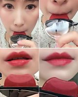Wholesale Carol Red - 2017 hot! The Fashion Lazy Lipstick series makeup 4 colors:#1 Berry, #2 Deep Raspberry, #3 Pumpkin Red, #4 Carol Pink free shipping
