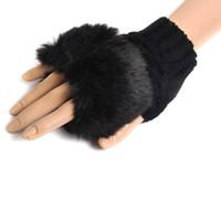 siyah kürk eldivenleri toptan satış-Toptan-SıCAK SATıŞ! İNGILTERE Bayanlar Black Winter Yumuşak Eldivenler Parmaksız Mitten Örgü Yün Faux Fur Wris