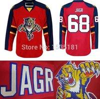 hokey mayo v toptan satış-2016 Yeni, YENİ! Florida Panthers Formalar # 68 Jaromir Jagr Jersey Panterler Kırmızı Bağcık V Yaka Dikişli Jaromir Jagr Hokeyi Formalar Ucuz
