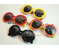 ingrosso occhiali da sole freschi per le ragazze-Nuovo arrivo Neonate Ragazzi Moda Occhiali da sole cool brand D Occhiali da sole per bambini Bambini Accessori per ombrelloni da spiaggia A7261