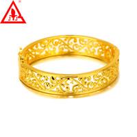 gelbgoldkleider für frauen großhandel-24K Gelbgold überzogene Armreifen Brand New Modeschmuck Hohl Gold Manschette Armreif Charms Armbänder für Frauen Brautkleider Freies Verschiffen