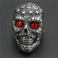 1pc Nouveau Design Heavy Stars Skull Ruby Eyes Ring 316L Style en acier inoxydable Biker Lastest Band Party Cool Skull Ring