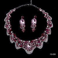 jóias brilhantes venda por atacado-Sparkly luxo strass colar brincos conjuntos de jóias de noiva para vestidos de festa de casamento