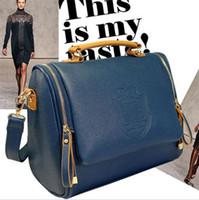 Wholesale British Crown - 2015 new Korean version of the British Crown double pull fashion portable shoulder bag designer handbag Messenger bag retro handbags