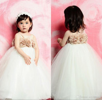 Wholesale Pure White Flower Girl Dresses - Champagne Handmade Flowers Tulle Flower Girl Dresses Ruched Puffy Ball Gown Toddler Gowns for Wedding Pure White Lovely Flowergirl Dresses