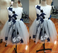 2016 Real Images Tulles Cute Flower Girls 'Dresses For Weddings Party Birthday Christmas с кружевами Appliques Crew Neck Pageant Gowns