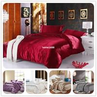 conjunto de roupa de cama de edredon de cetim vermelho venda por atacado-Twin / Completa / Queen / King Silk Bedding Consolador / Quilt / Edredon Cover Sets, Vinho Vermelho (Ouro, Prata) Conjuntos De Cama De Cetim De Seda