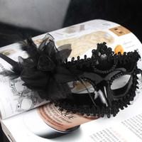siyah dans partisi maskesi toptan satış-Kadın Maske Cadılar Bayramı Masquerade Maskeleri Mardi Gras Venedik Dans Parti Yüz beyaz siyah çiçek kaplama Maske 2 renkler