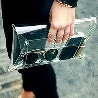 Wholesale Wholesale Clear Pvc Handbags - Summer Fashion Unisex PVC Transparent Envelope Clutch Clear Color Bag Handbag For Women