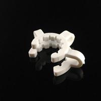 pinzas blancas al por mayor-Plástico Keck Plastic Clip Manufacturer blanco Laboratorio Lab Clamp Clip conectar vidrio bong 14mm / 18mm para su selección