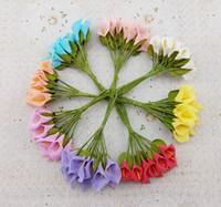 ingrosso decorazioni di giglio-720PCS / 60Bunches Piccolo calla bouquet PE artificiale mini calla lily fiore DIY scatola di caramelle matrimonio decorazione della casa