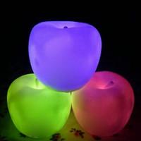 apfelförmige lampen großhandel-LED Nachtlicht 7 Farbwechsel Apple Shaped LED Weihnachtsstimmung Lampe Nachtlicht Halloween Heiligabend Geschenk