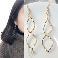 Barato Brincos De Curva De Orelha-Europa e os Estados Unidos Brincos curvados em espiral simples S-shaped Design senso de curva de onda Dangle Earrings Fashion Jewelry Ear Gift