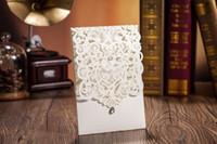 impresión de tarjetas de invitación de boda al por mayor-Tarjetas de invitaciones de boda cortadas a láser Tarjetas de invitación de boda huecas personalizadas Suministros de boda Impresión personalizada gratis
