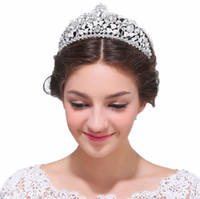 Wholesale Dazzling Crown Princess Tiara - 2018 Princess Wedding Crowns Headpieces Dazzling Crystal Rhinestone Women's Tiaras Headbands Pageant Party Bridal Accessories Party Gown