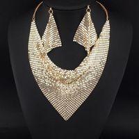 hint moda kolye toptan satış-Hint Chic Tarzı Shining Metal Dilim Önlüğü Gerdanlık Bildirimi Kolye Eşleşen Küpe Parti / Düğün Moda Takı Setleri # 3056