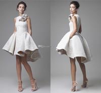 sereia vestidos de baile cor marfim venda por atacado-Nova Primavera de Renda Branca Vestidos de Noite Curtos Árabe Dubai Feitas À Mão Floral Alta Baixa Prom Vestidos Moda Festa Cocktail Dresses