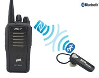bluetooth telsiz konuşmaları toptan satış-Toptan-Bluetooth Walkie Talkie UHF 400-470 MHz 16CH 4W Dahili Bluetooth modülü Kablosuz Bluetooth kulaklık ile Taşınabilir İki yönlü radyo