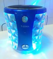 reproductor de mp3 flash light al por mayor-T-2096A Bluetooth Altavoces portátiles con Crystal LED Flash Light USB TF Reproductor de música MP3 Stereo Hifi Mini Sound Box Manos libres para el coche Llamada