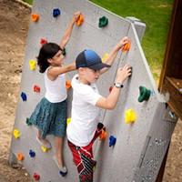 juguetes de patio para niños al por mayor-Niños Patio de juegos al aire libre Cubierto de plástico Escalada en roca Juego de pared Kit Rock Stones Patio trasero Juguetes para niños con tornillo
