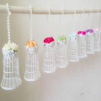 Novità 2015 White Bell Birdcage Styles Favori di Nozze Scatole Con Rose Artificiali Fiori Party Candy Favor Holders Scatole Forniture