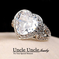 Super Sparkly Gold White Color Zircon Rhinestones Micro Inlays Heart-shape Luxo Trendsetter Lady Finger Ring Atacado
