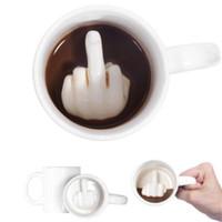 kahve karışımı toptan satış-Yaratıcı Tasarım Seramik kupa orta Parmak Tarzı Yenilik Karıştırma Kahve kupalar Süt Fincan Komik Seramik Kupa Su Bardağı