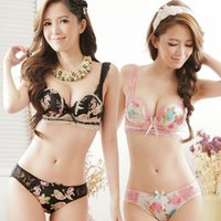 Wholesale Women Breast Strap - 2015 New arrival ladies sexy W cup three-breasted lingerie sets Lace floral push up Underwear sets Embroidery women BRA SETS