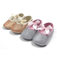 2015 Hot Sell Baby Girl Princesa Sparkly Shoes Infant Princesa bonito Golden Silver Calçado Toddlers Moda Soft Sole Shoes