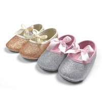 Wholesale Golden Soles - 2015 Hot Sell Baby Girl Princess Sparkly Shoes Infant Cute Princess Golden Silver Footwear Toddlers Fashion Soft Sole Shoes
