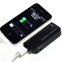 Wholesale Usb Emergency Battery Charger Flashlight - Pocket Emergency Battery Charger with LED Flashlight for the iPod and iPhone USB