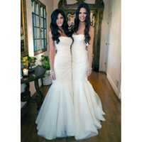 Wholesale Kardashian Cheap Prom Dresses - Kim Kardashian Sisters Long White Tulle Mermaid Bridemaids Dresses for Wedding Party Vestidos Cheap Prom Party Gowns
