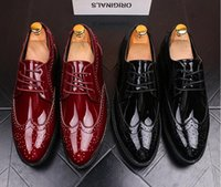 Wholesale Vintage Lace Cut Out Oxfords - Luxury Men British Vintage Red black Pointy Bullock leather show shoes Wedding Flats Male Dress Homecoming Prom Formal shoes AA591