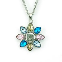 Wholesale Plastic Flower Necklace - Fashion Pendants Necklace 4 Color Interchangeable 12mm Snap Button Plastic Crystal Flower Statement Necklace For Women Jewelry