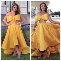 Wholesale Taffeta Gala Dresses - Unique 2018 Gold Prom Dresses High Low Dubai Evening Wear Party Dress A Line Cheap Vestidos De Gala Formal Gown