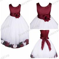 vestido de pétalos hechos a mano al por mayor-Vestido de niña de las flores más caliente vestido de princesa de cuello redondo Vestido de pétalo de Bowknot hecho a mano de las niñas Vestidos de dama de honor de Junior Girl Ball Gown (12 colores)