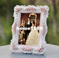 Wholesale 4x6 Photos - Vintage Family Baby Photo Frame White Pink Resin Rhinestone Glass 4x6 Picture Frames Wedding Favors