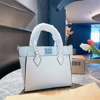 Designer handbag, handbags, large capacity, soft feel, six colors to choose from, very practical, fashionable and luxurious bags, sizes 30, 13 26cm, various styles bags