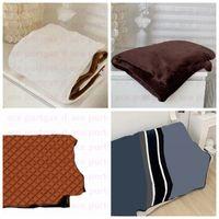 Vintage Home Throw Blankets 150*200cm Fashion Letters Design Multifunction Flannel Blanket Winter Autumn Travel Car Sofa Chair Quilt Shawls